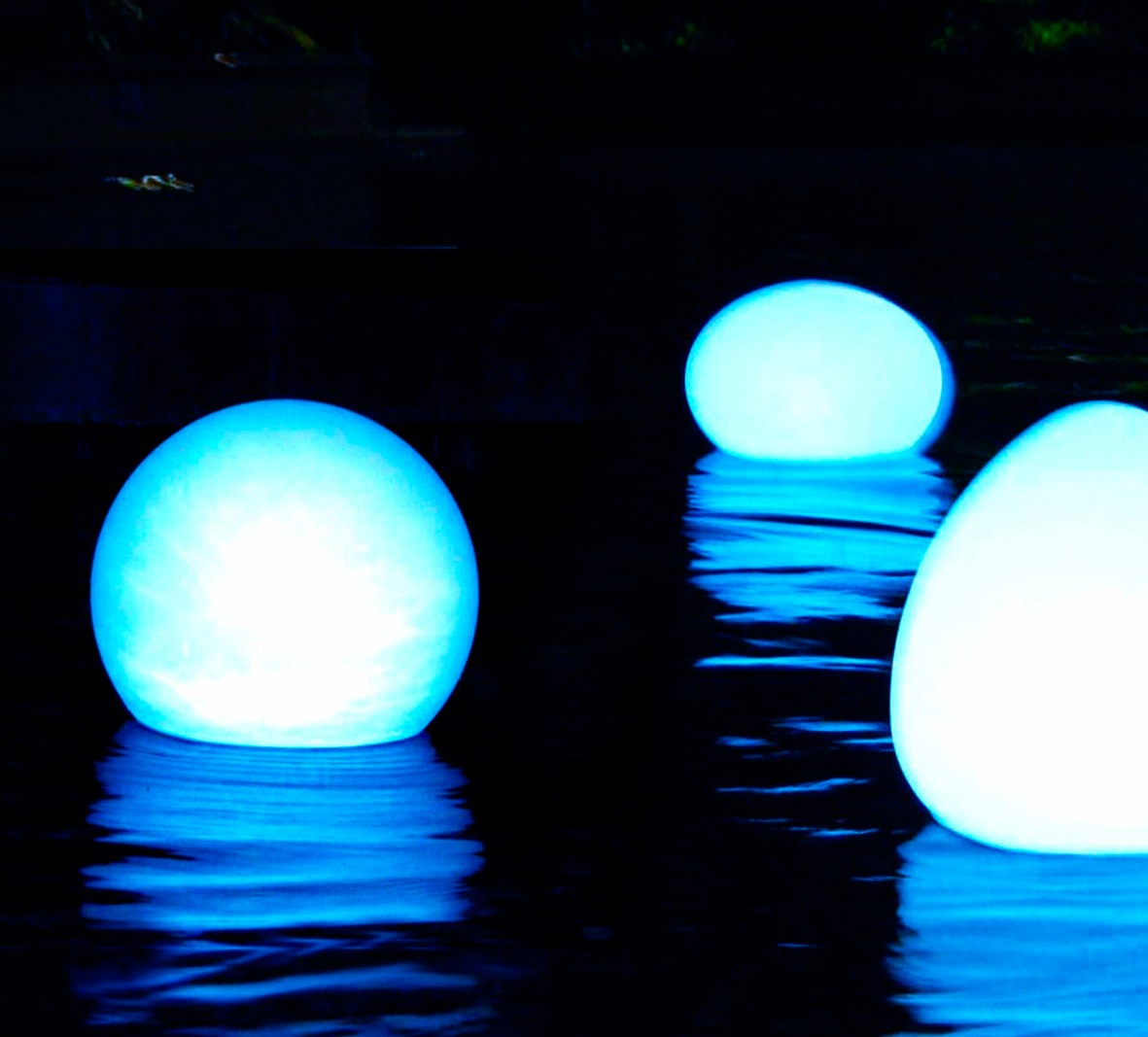 Lámpara De Led Flotante Para Piscina El Món De La Piscina